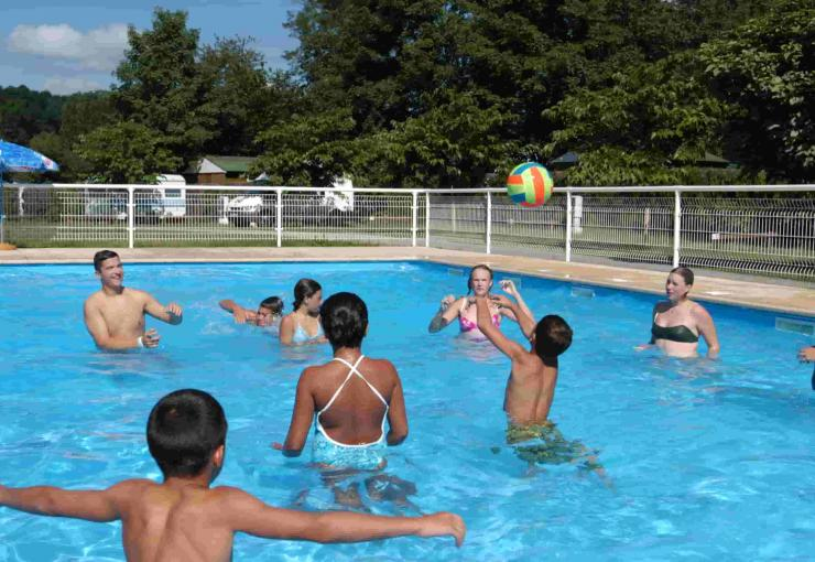 swimming pool at camping du lac