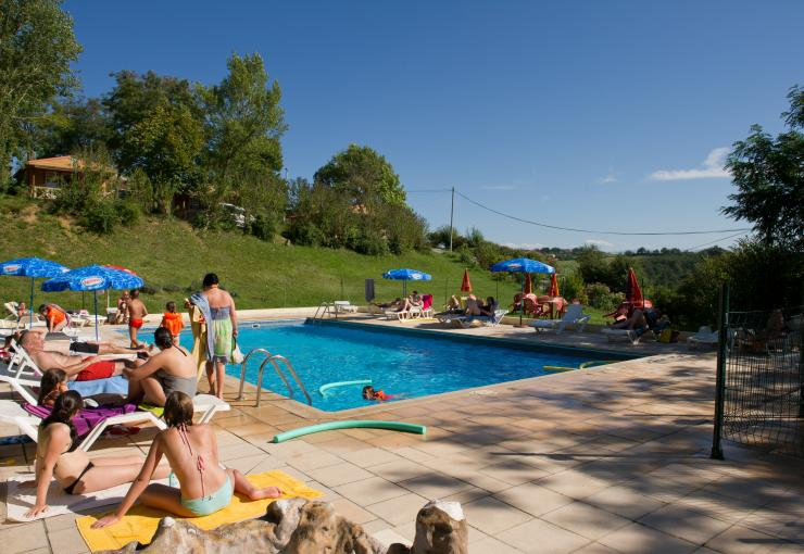 swimming pool at camping du bourdieu