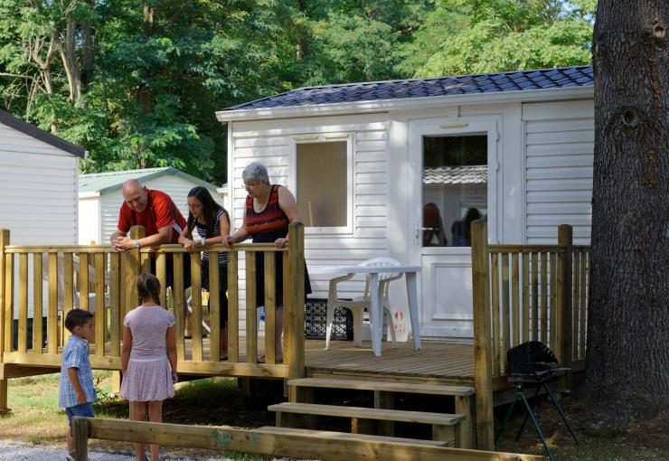 cottage premier at camping l'apamée